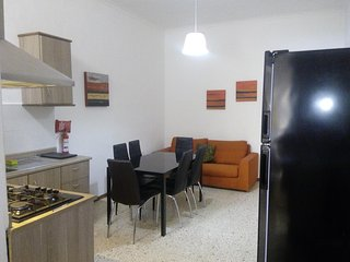 St Julian's, apartment with Patio, close to beaches and all. On first floor.