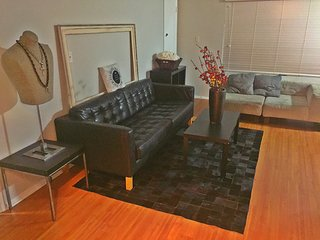 Hollywood Apartment Rentals (Unit 1), West Hollywood