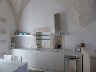 Sotto Le Stelle: luxurious star-valuted studio apartment in historic centre, Cisternino