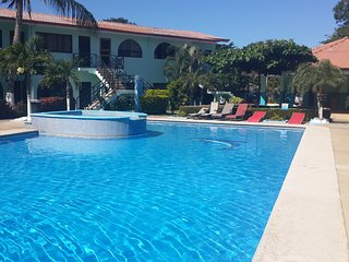 Near Costa Rica`s most beautiful beaches. One bedroom CONDO Nice and Quiet