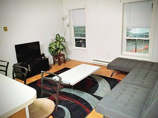 DownTown Apartment, New London
