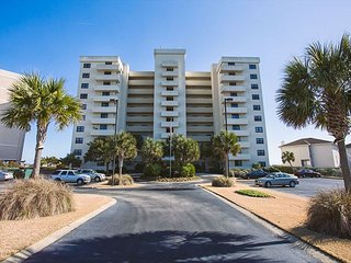 The Islander - Breathtaking Oceanfront Views with Incredible Amenities!