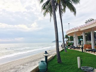 2 BR condo for rent close to the beach, Hua Hin