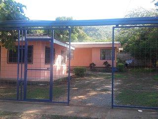 Comfortable house near several beaches, Playas del Coco