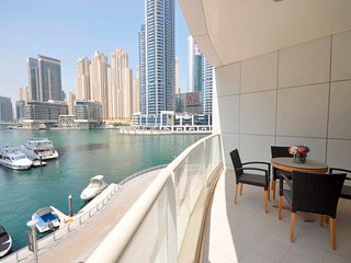 Stunning Dubai Marina Views 2 Bed Apt+Study
