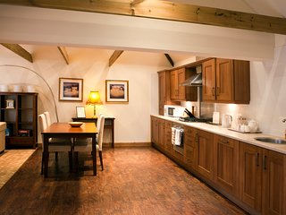 Holton Lodge Holiday Cottages, Holton Le Clay