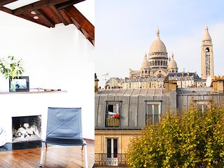 Spacious flat in Montmartre facing Sacre Coeur with a balcony