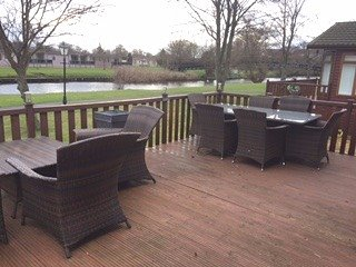 Luxury River Front 2 Bedroom Wooden Lodge, Stratford-upon-Avon