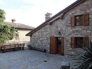 """Appartamento Aia dell'Agriturismo """"Il Vecchio Borgo"""", Castellarano"""