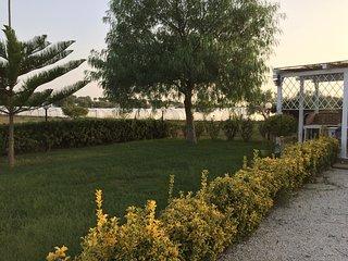 villa immersa nel verde di Vicinissima a San lorenzo 1km Marzamemi indipendente