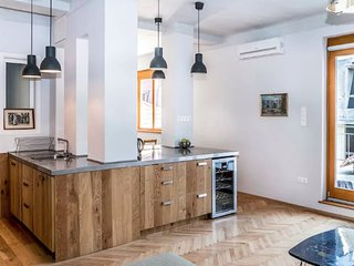 Spacious Rooftop Terraced 2 Bedroom City Apartment, Budapest