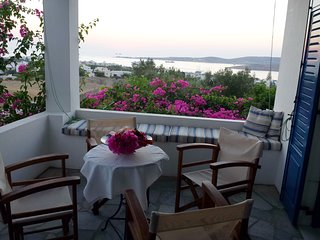VILLA ANNA BEST VIEW IN PAROS