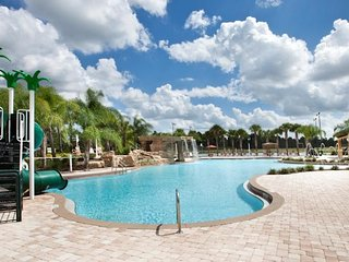 NEAR TO DISNEY, UNIVERSAL, OUTLETS, FOUR ROOMS, PARADISE PALMS 10 PERSONS,