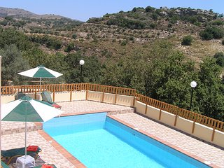 Stratos, Fouli, Maria Villas in Rethymno Crete