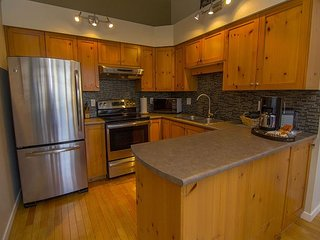 Acer Vacations - Greystone Lodge Luxury 2 bedroom and Loft with Great Views