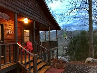 Windsong Cabin -Mountain Views -Lake Chatuge and Helen, Ga