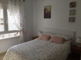 Luxury Apartment 3 min walk to Villarmetin Plaza, Villamartin