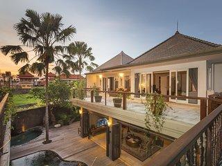 Badung Regency Holiday Villa 26203