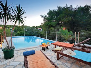 4 bedroom Villa in Vis, Central Dalmatia, Croatia : ref 2045455, Rukavac