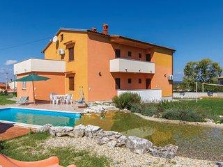 6 bedroom Villa in Krnica, Istria, Croatia : ref 2045461, Bratulici