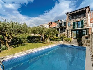 3 bedroom Villa in Ploce, South Dalmatia, Neretva Delta, Croatia : ref 2047097, Komarna
