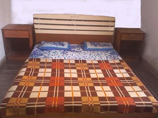 Economical guest room near alibaug beach, Kihim