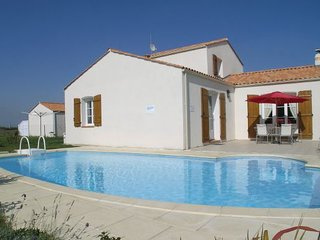 4 bedroom Villa in Bretignolles sur Mer, Vendee, France : ref 2184033