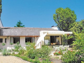 4 bedroom Villa in Montsoreau, Maine-et-loire, France : ref 2220275