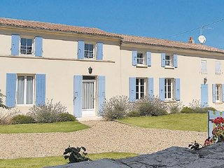 5 bedroom Villa in Romegoux, Charente Maritime, France : ref 2220416, Beurlay