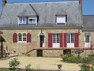 4 bedroom Villa in Juigne Sur Sarthe, Sarthe, France : ref 2221157