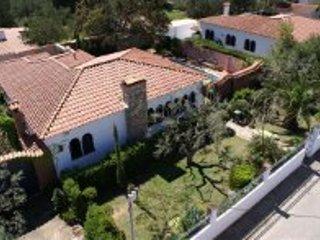 Villa MIRO ,