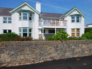Beach House Apartment | Great Escapes Wales, Rhosneigr