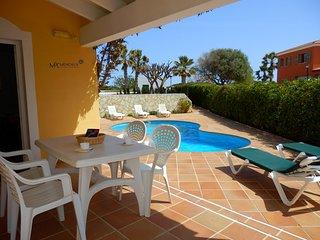 Villa Linardo 3 | Villa con piscina y aire acondicionado, muy cerca de la playa!