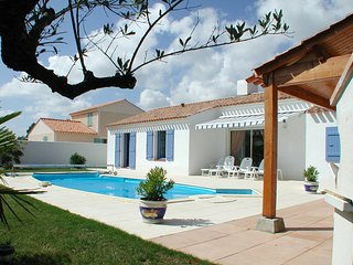 3 bedroom Villa in St Jean De Monts, Vendee, France : ref 2255463