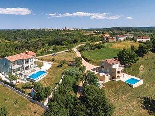 4 bedroom Villa in Motovun-Brigi Karojba, Motovun, Croatia : ref 2276826