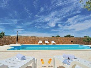 5 bedroom Villa in Zadar-Pridraga, Zadar, Croatia : ref 2277164
