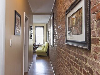 Times Square 3 Bed 1 Bath - Great Share Apt - FULLY FURNISHED - unique