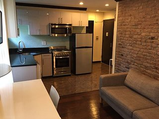 Newly Renovated Murray Hill 1BR (8568)