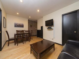 Murray Hill/ Gramercy large 2 bed 1 bath - Family Size - Fit for a KING -RENT