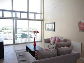 Spacious 6-sleeper Big Bay apartment, B24 Seaside Village, Melkbosstrand