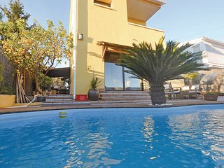 3 bedroom Villa in Pineda de Mar, Costa De Barcelona, Spain : ref 2280973