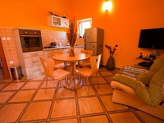 Apartments Cukovic - Luxury One Bedroom Apartment 1, Risan