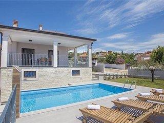 4 bedroom Villa in Kastelir, Istria, Kastelir, Croatia : ref 2373588
