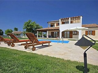 3 bedroom Villa in Porec, Istria, Baderna, Croatia : ref 2373668