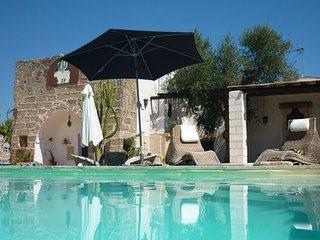 2 bedroom Apartment in Corigliano D otranto, Apulia, Italy : ref 2387421, Corigliano d'Otranto