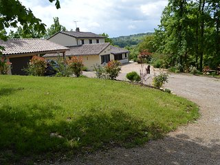 Immaculate and very comfortable gite , 10 minute walk from the village., Verfeil