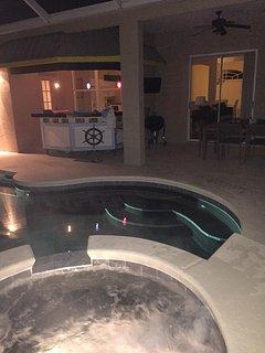 Regent Villa Hot tub, pool, patio, bar, outdoor fridge, TV