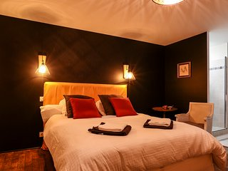 Maison d'hôtes de charme - Chambre Velours, Caden