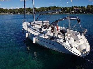 12m Sailing boat Bavaria 38