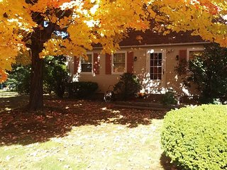 Corner Cottage in 16 Acres Springfield, East Longmeadow